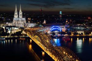 nordrhein-westfalen - kölner dom als touristenmagnet