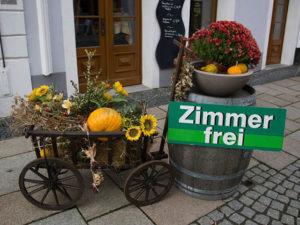 Günstige Pension in Tuchenbach